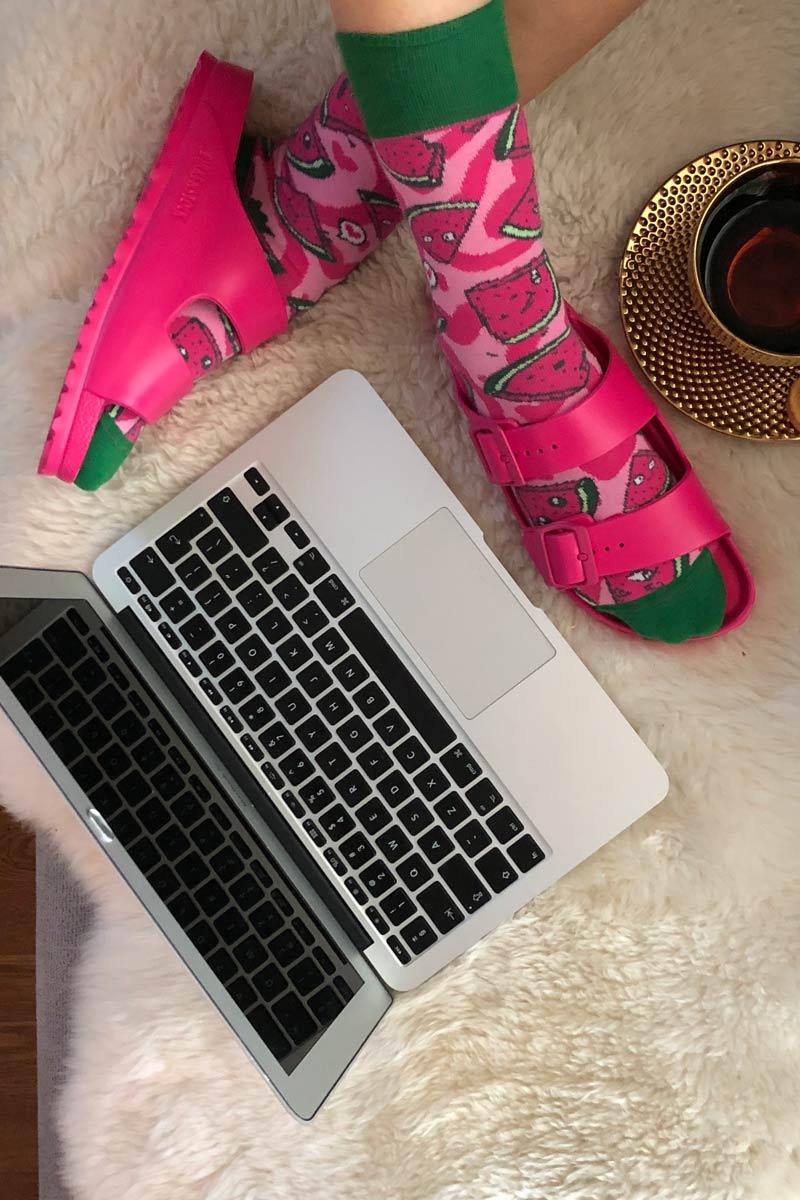 Sandały różowe damskie Birkenstock i skarpety arbuzy Bobby Sox
