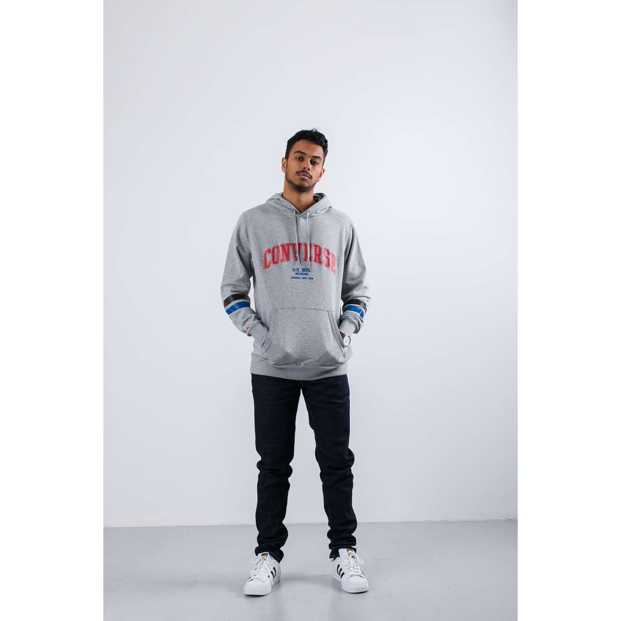 Bluza Converse  <br/><small>COLLEGIATE TEXT PULLOVER HOODIE VINTAGE GREY HEATHER </small>  10017352-A02