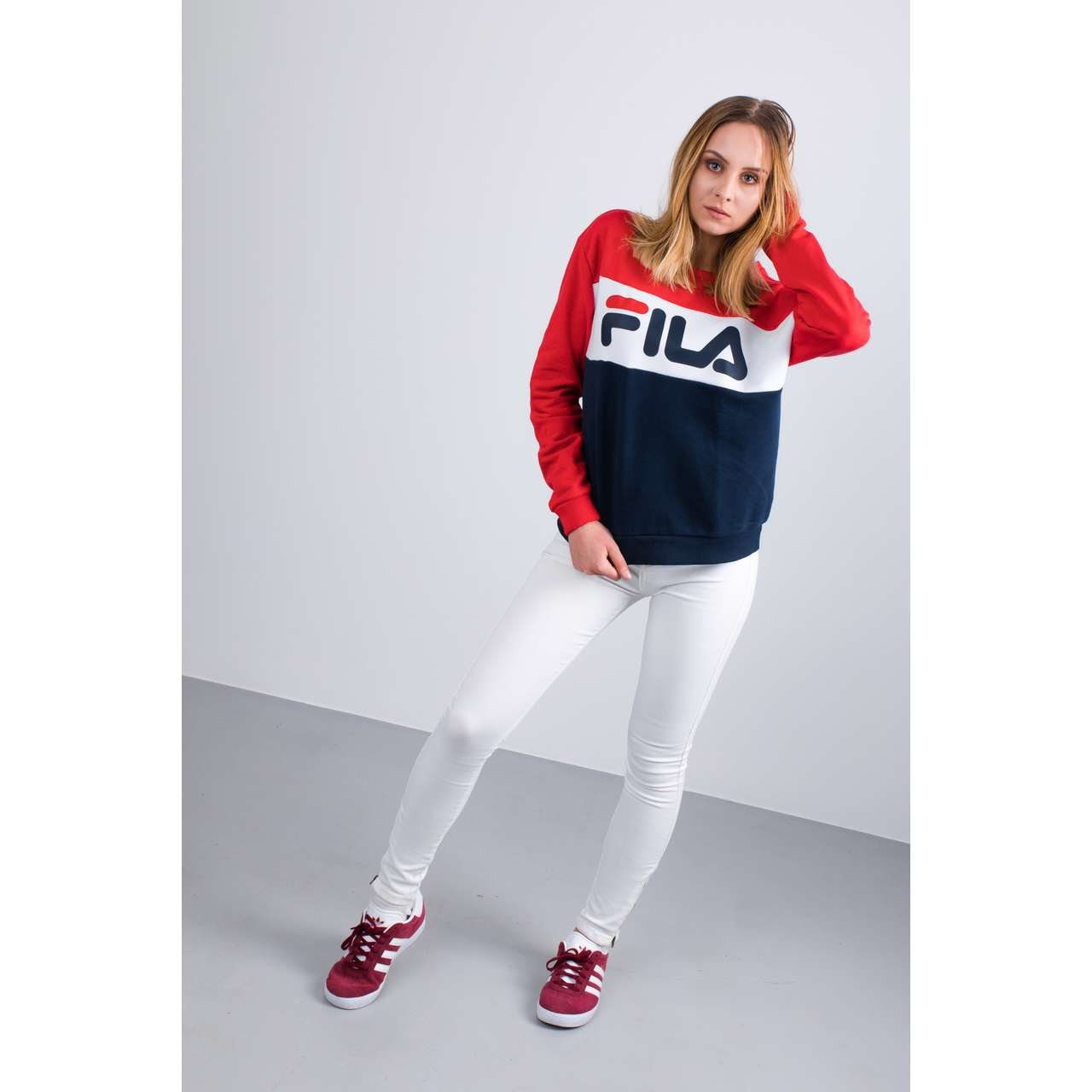 Bluza Fila  <br/><small>WOMEN LEAH CREW SWEAT G06 BLACK IRIS/TRUE RED </small>  687043-G06