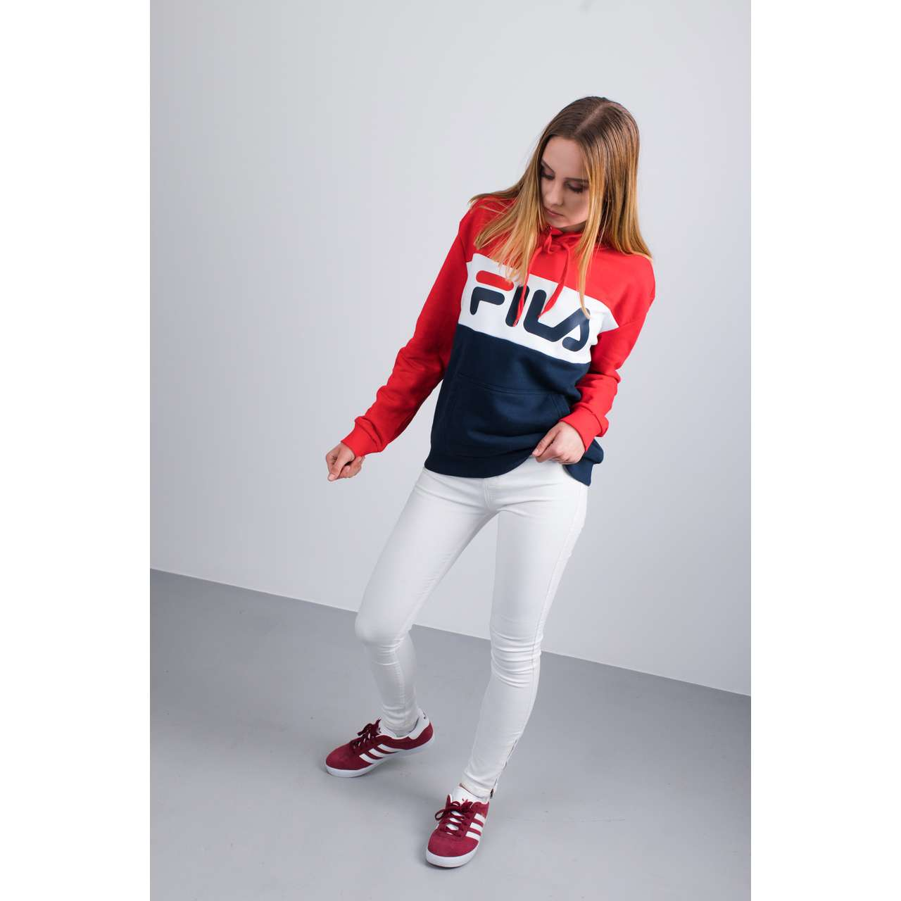 Bluza Fila  <br/><small>WOMEN LORI HOODIE SWEAT G06 BLACK IRIS/TRUE RED/BRIGHT WHITE </small>  687042-G06