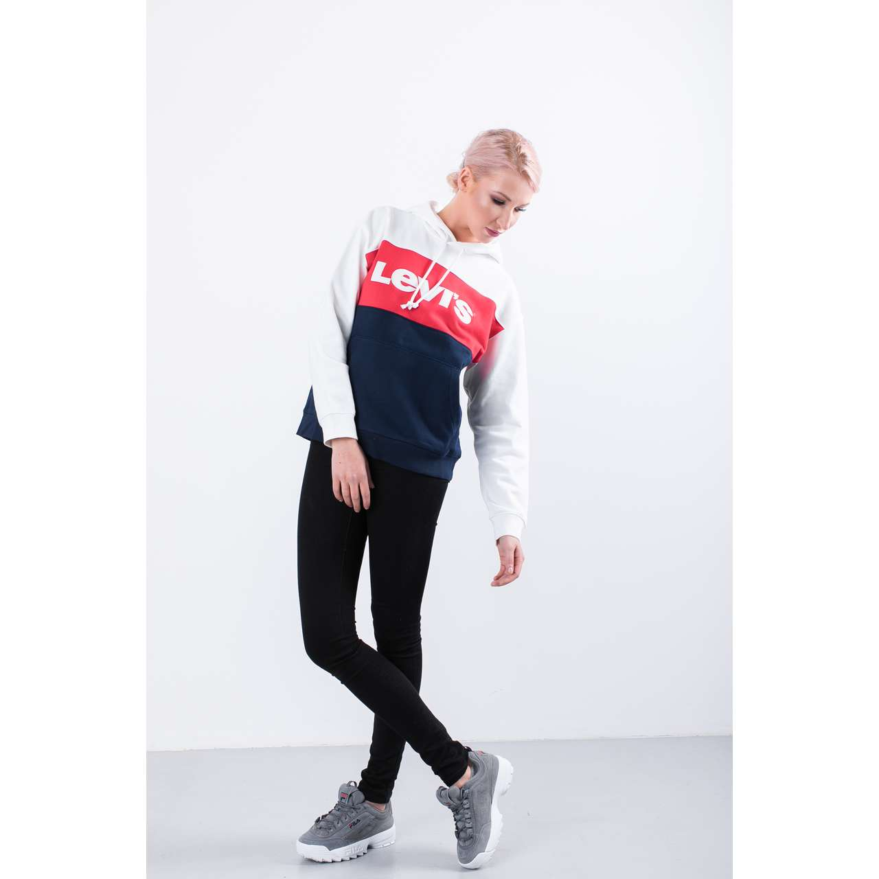 Bluza Levi's  <br/><small>COLORBLOCK SPORTSWEAR HOODIE 0001 WHITE/LYCHEE/BLUE </small>  74315-0001