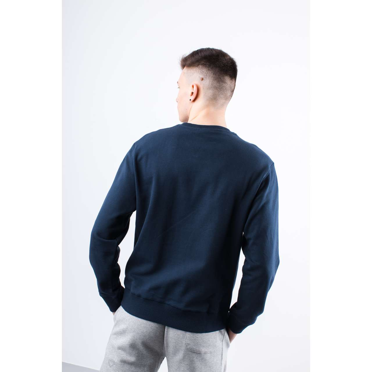 Bluza Russell Athletic  <br/><small>CREW NECK SWEATSHIRT 290 NAVY </small>  A90031-290
