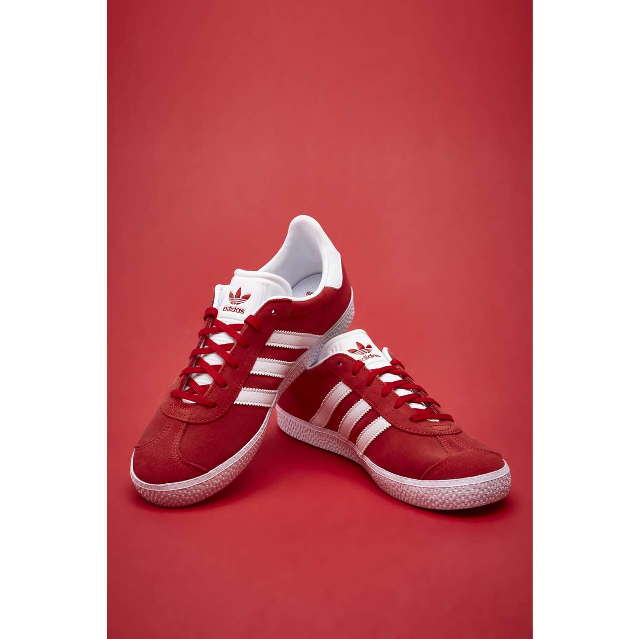 Buty adidas  <br/><small>GAZELLE J 543 SCARLET/FOOTWEAR WHITE/GOLD METALLIC </small>  BY9543
