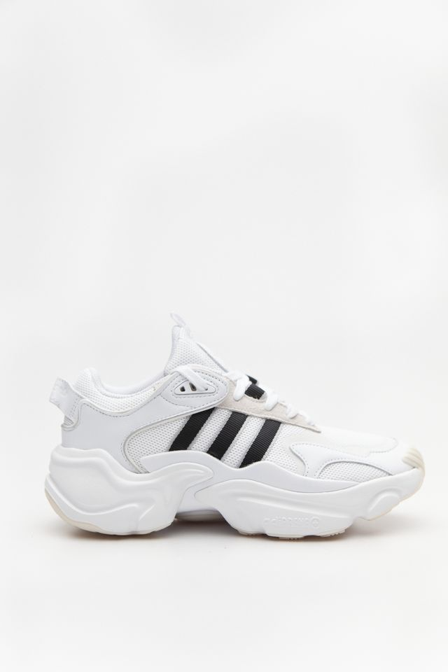 adidas MAGMUR RUNNER W 139 FOOTWEAR WHITE/CORE BLACK/GREY TWO EE5139