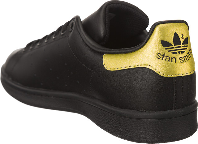 newest collection 627f4 b2284 ... Buty adidas  br   small Stan Smith ...