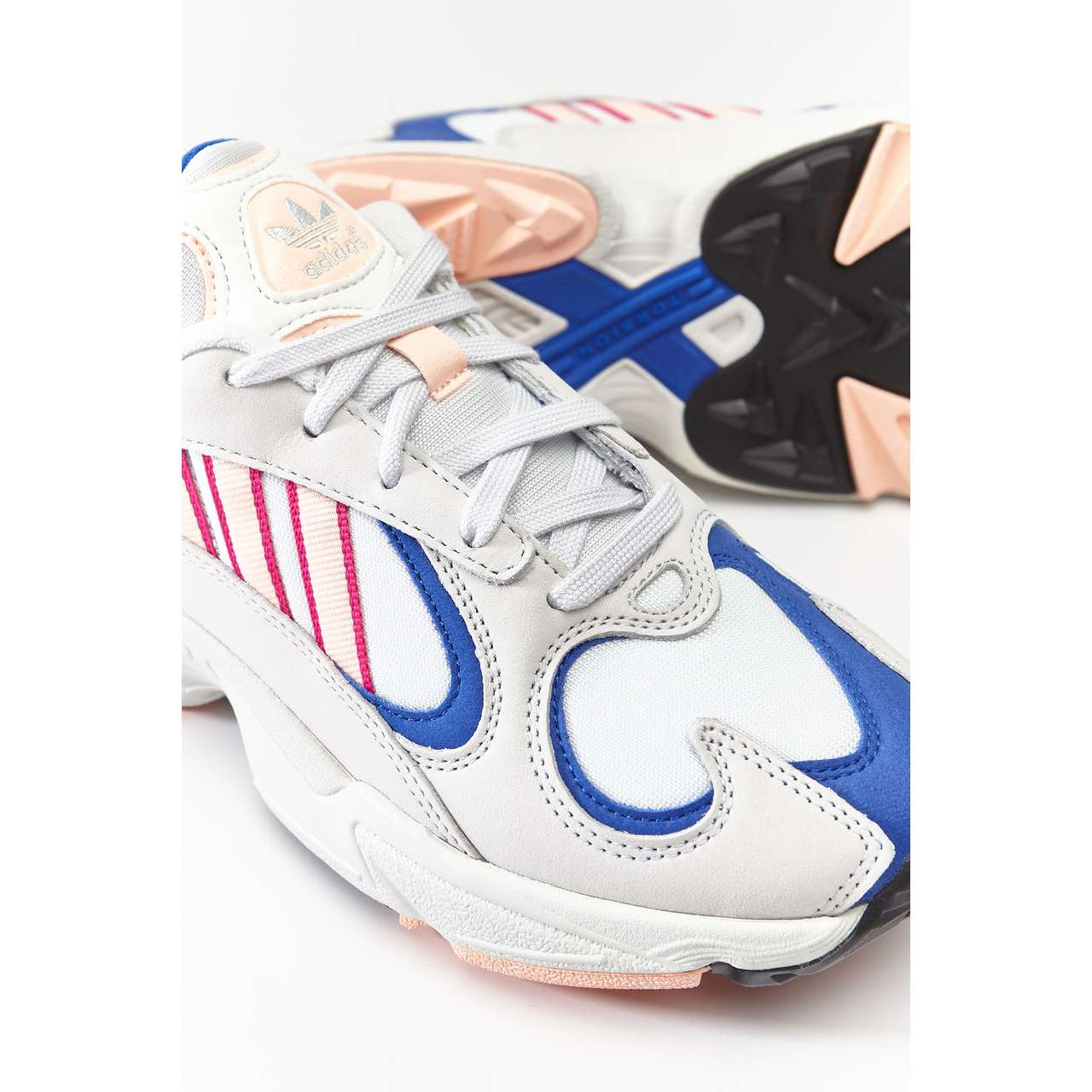 Buty adidas  <br/><small>YUNG-1 CRYSTAL WHITE/CLEAR ORANGE/COLLEGIATE ROYAL </small>  BD7654
