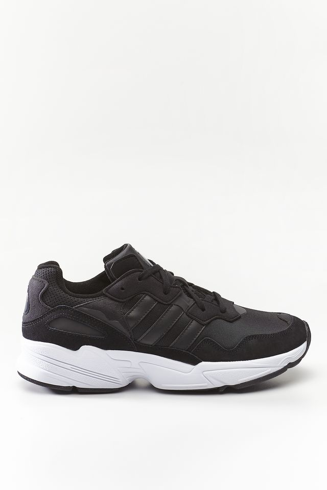 adidas YUNG-96 681 CORE BLACK/CORE BLACK/CRYSTAL WHITE EE3681