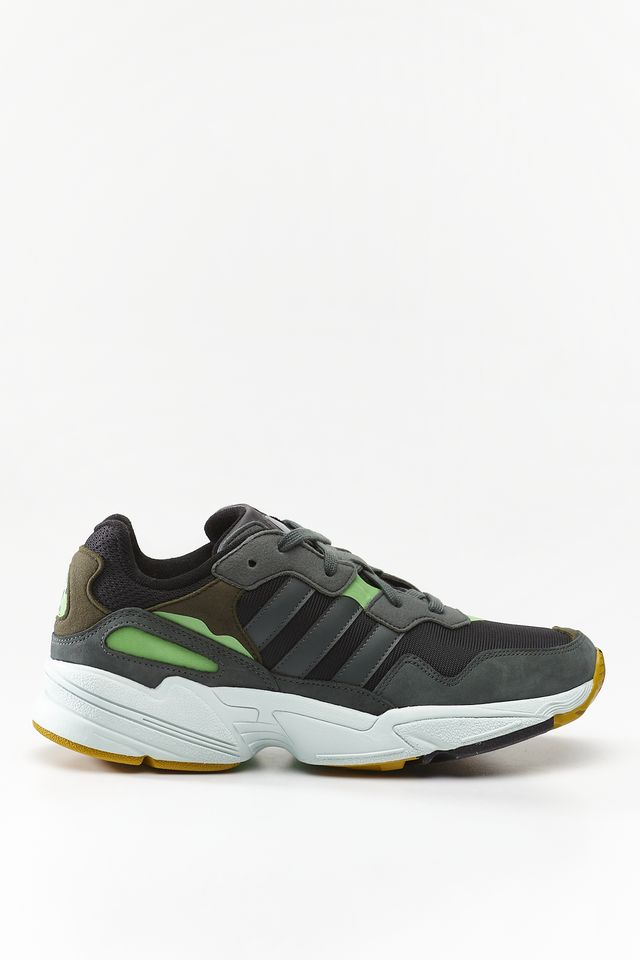 adidas YUNG-96 CORE BLACK/LEGEND IVY/RAW OCHRE F35018