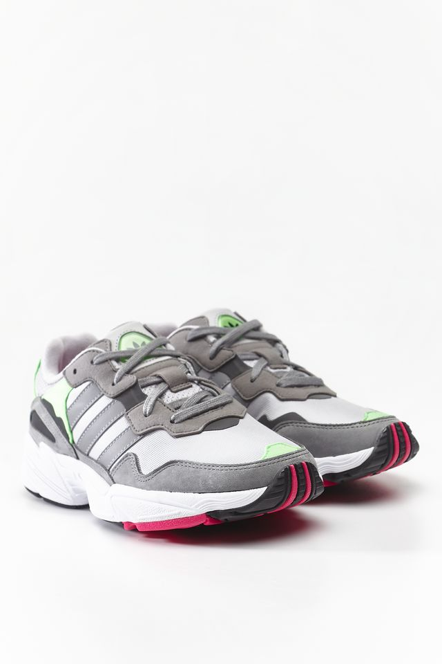 adidas YUNG-96 GREY TWO/GREY THREE/SHOCK PINK F35020