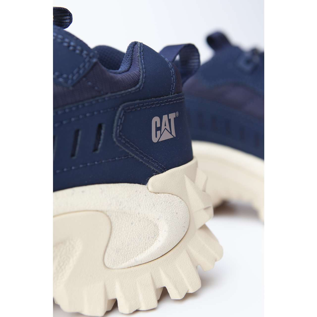 Buty CAT  <br/><small>Intruder Black Iris </small>  P724034