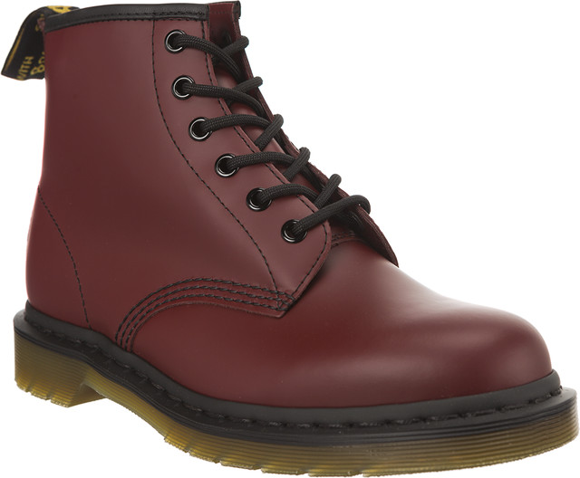 Dr. Martens 101 Smooth Cherry Red 10064600