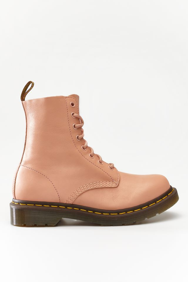 Buty Dr. Martens  <br/><small>1460 PASCAL SALMON PINK </small>  DM24482672