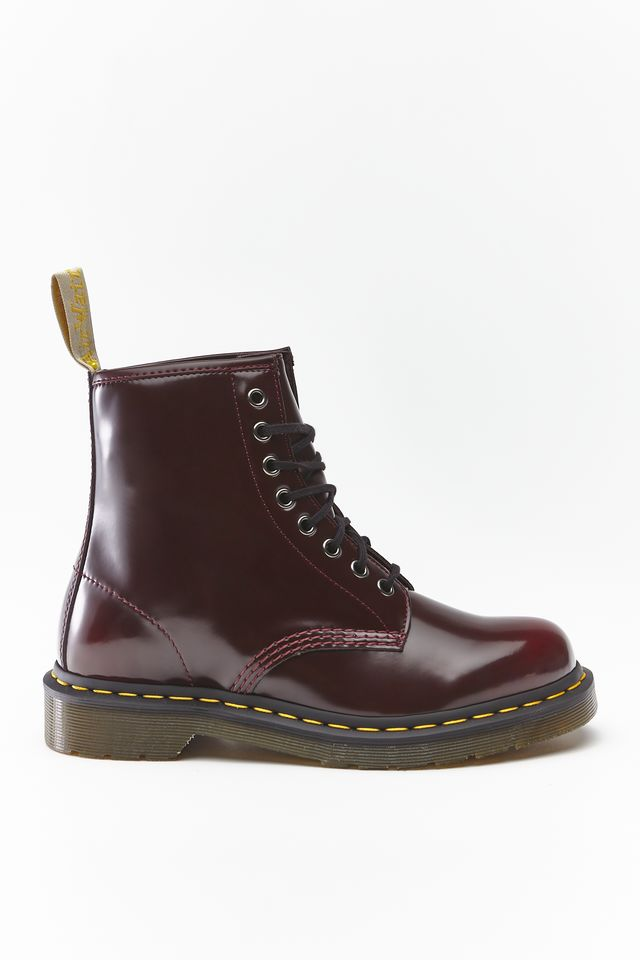 Dr. Martens VEGAN 1460 CHERRY RED CAMBRIDGE BRUSH DM23756600