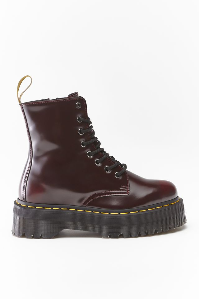 Dr. Martens VEGAN JADON II CHERRY RED CAMBRIDGE BRUSH DM22563600