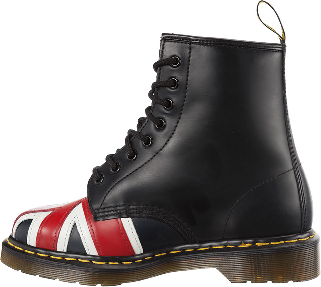Outdoor Dr. Martens  <br/><small>Union Jack Black </small>  10950001