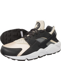 Buty Nike WMNS Air Huarache Run 019