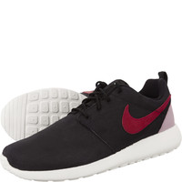 Buty Nike WMNS Roshe One Suede 006