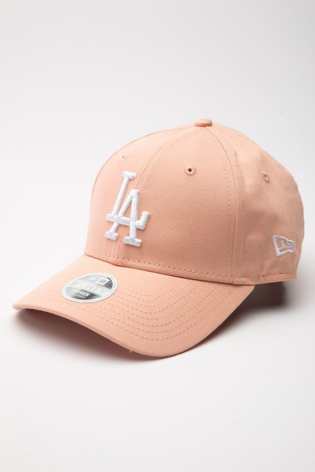 New Era LEAGUE ESSENTIAL 9FORTY 641 PINK 12134641