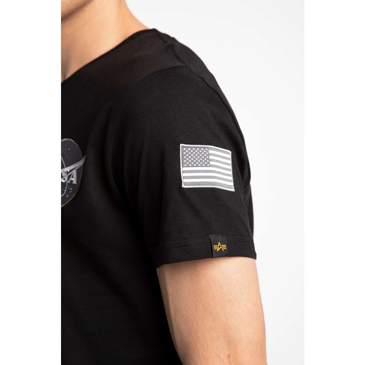 Koszulka Alpha Industries  <br/><small>SPACE SHUTTLE T 03 BLACK </small>  176507-03