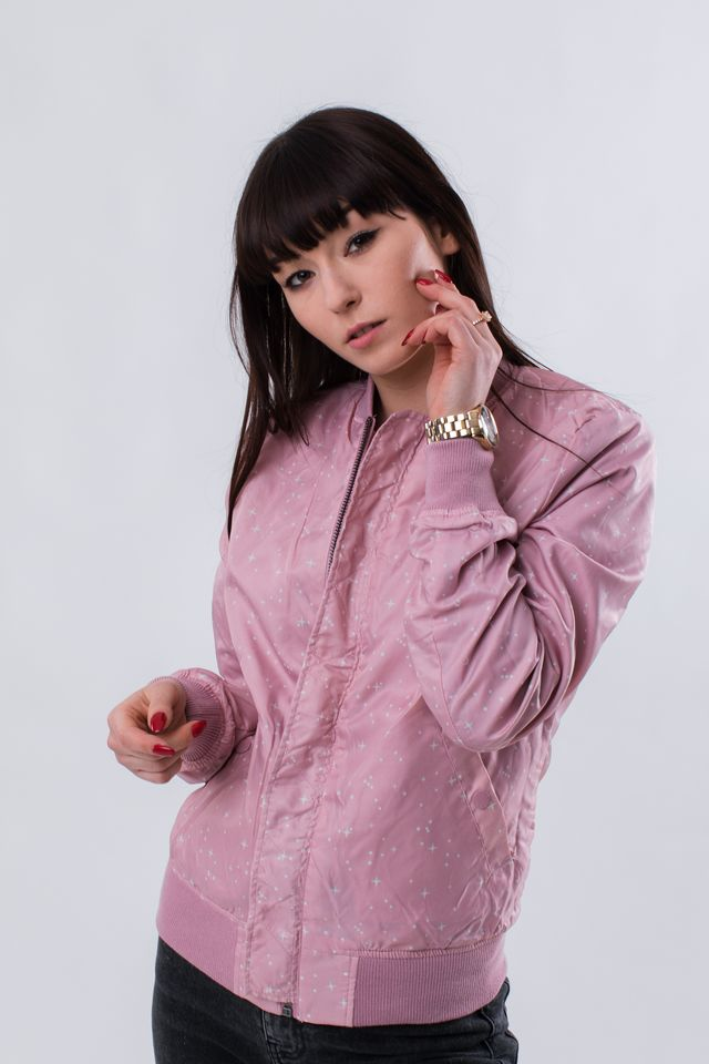 Kurtka Alpha Industries  <br/><small>MA-1 TT NASA REVERSIBLE WMN 397 SILVER PINK </small>  186022-397