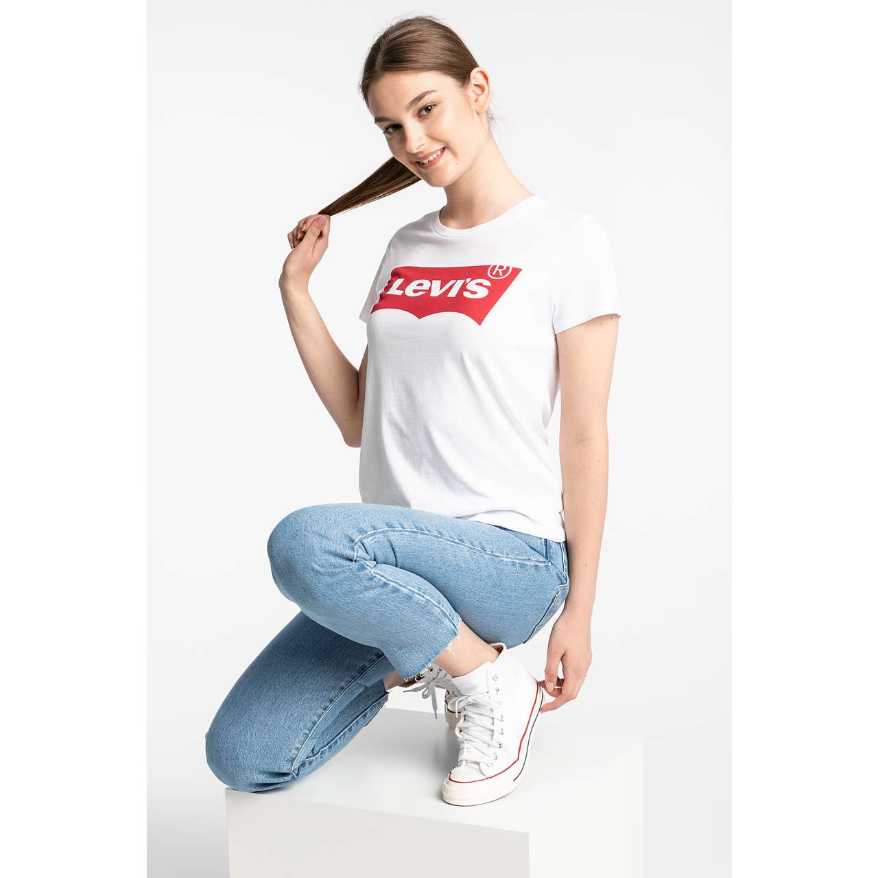 Koszulka Levi's  <br/><small>THE PERFECT TEE 0053 LARGE BATWING WHITE </small>  17369-0053
