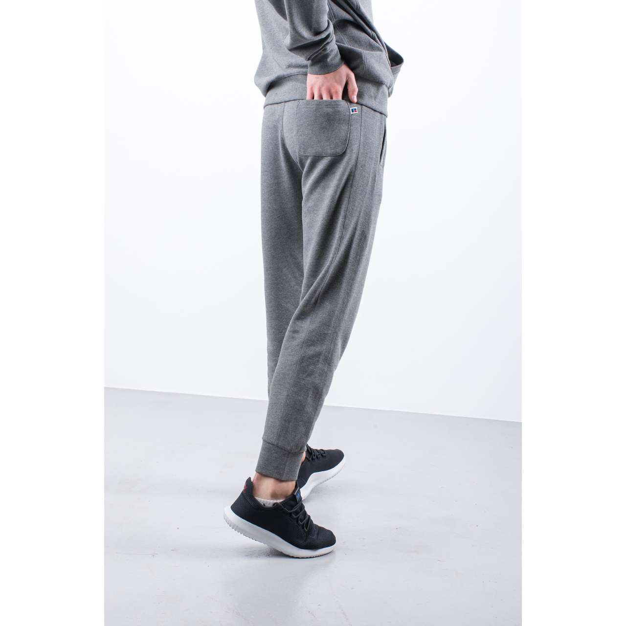 Spodnie Russell Athletic  <br/><small>CUFFED JOGGER EMB 090 COLLEGIATE GREY MARL </small>  E96141-090