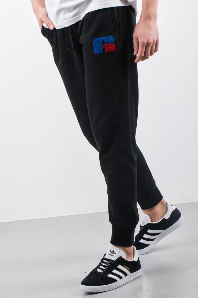 Spodnie Russell Athletic  <br/><small>CUFFED JOGGER EMB 099 BLACK </small>  E96141-099