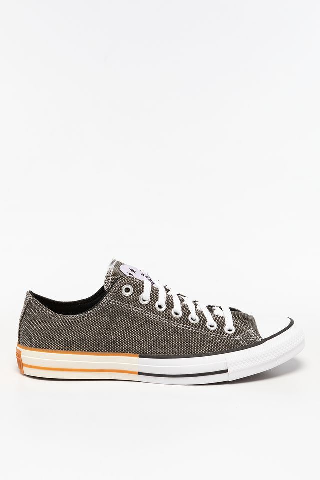 BLACK/MOONSTONE VIOLET/WHITE CHUCK TAYLOR ALL STAR OX 665