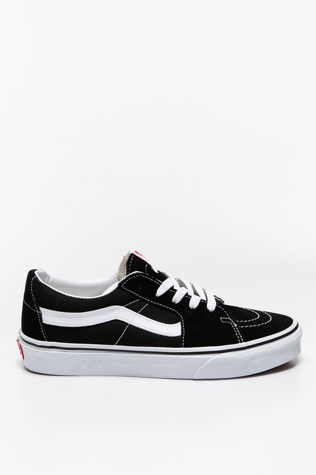 Black/True White TRAMPKI UA SK8-Low  VN0A4UUK6BT1